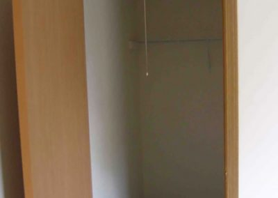 One bedroom apartment in Evansville, closet view